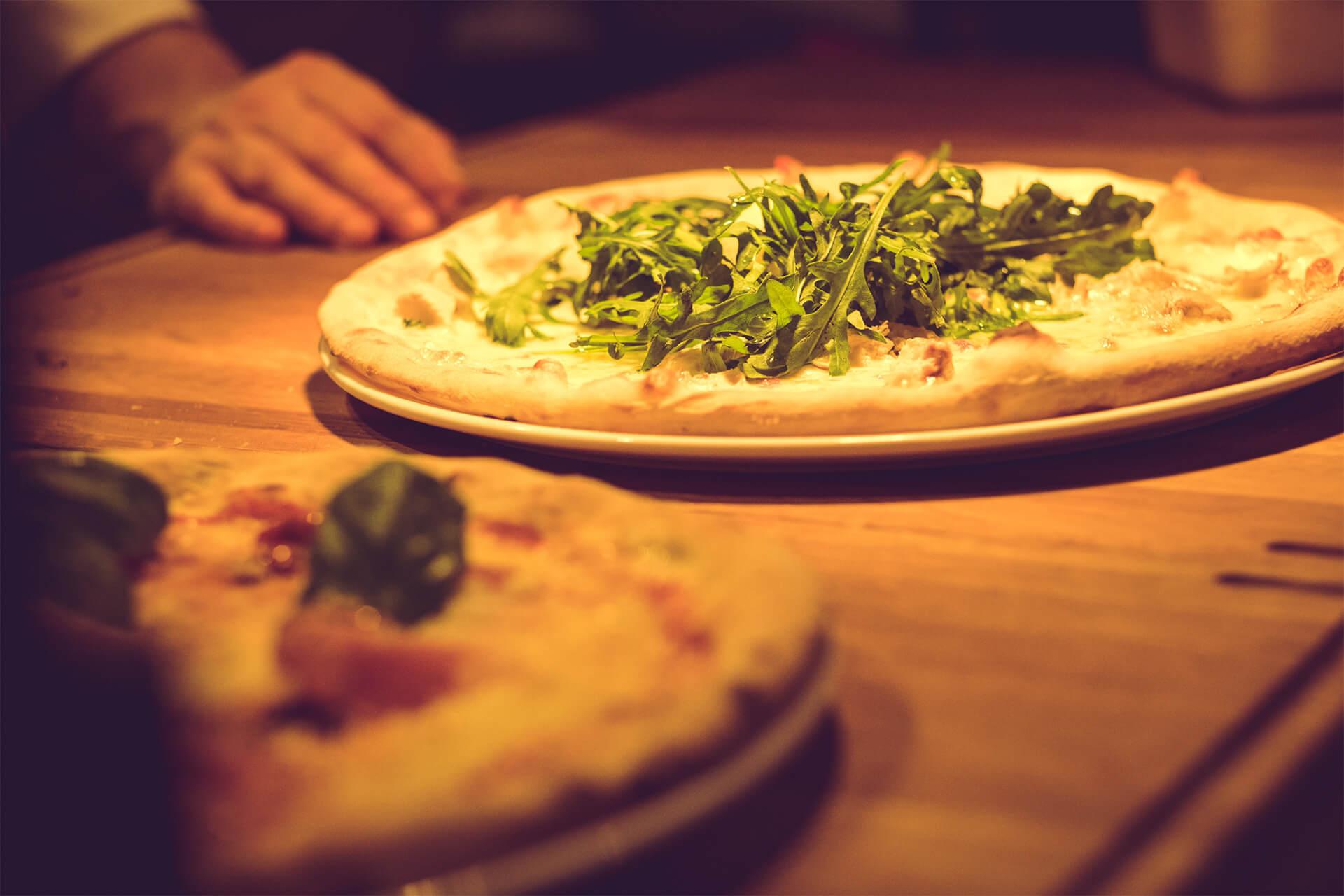 Pizza hos Den Glade Italiener
