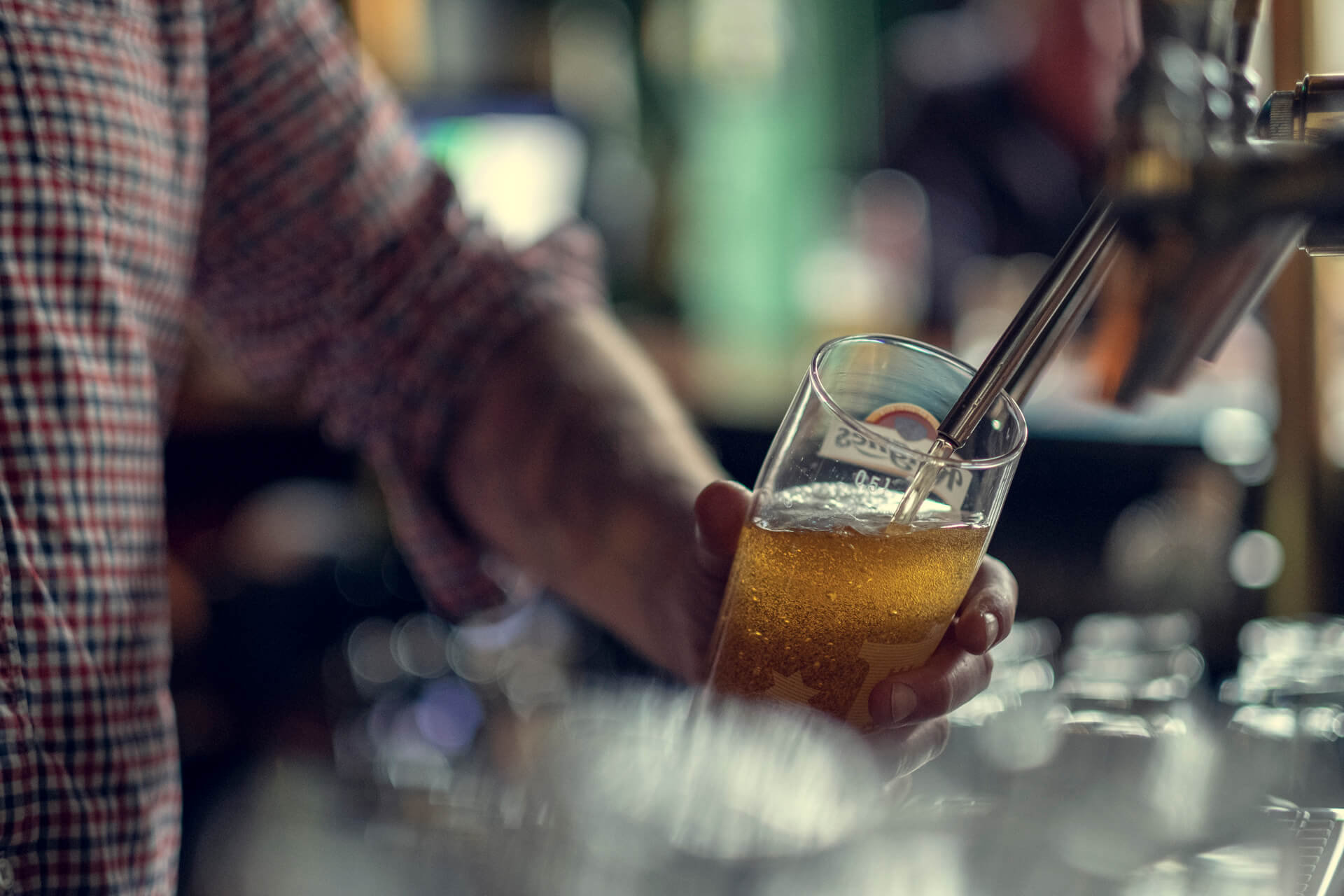 Øltapping halvliter på Bob´s cafe og bar på Grønlands Torg